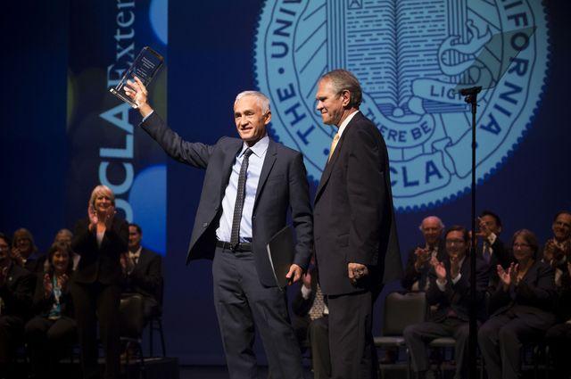 Jorge Ramos receives UCLA Extension's Professional Achievement Award