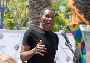 Rafer Johnson speaks at torch relay