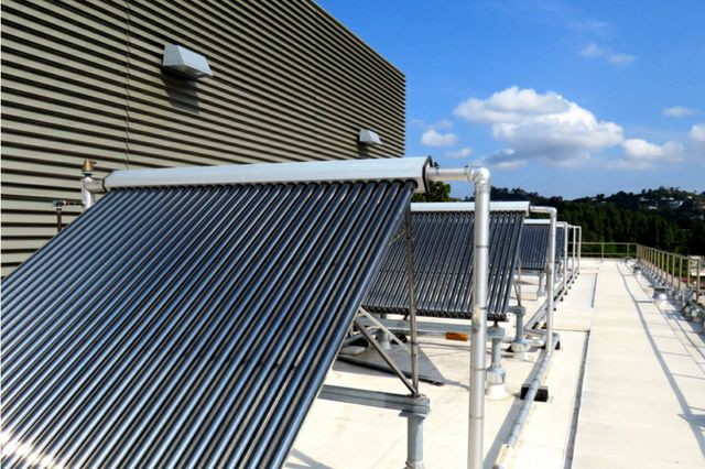 Solar water heating installation atop UCLA's residence halls.