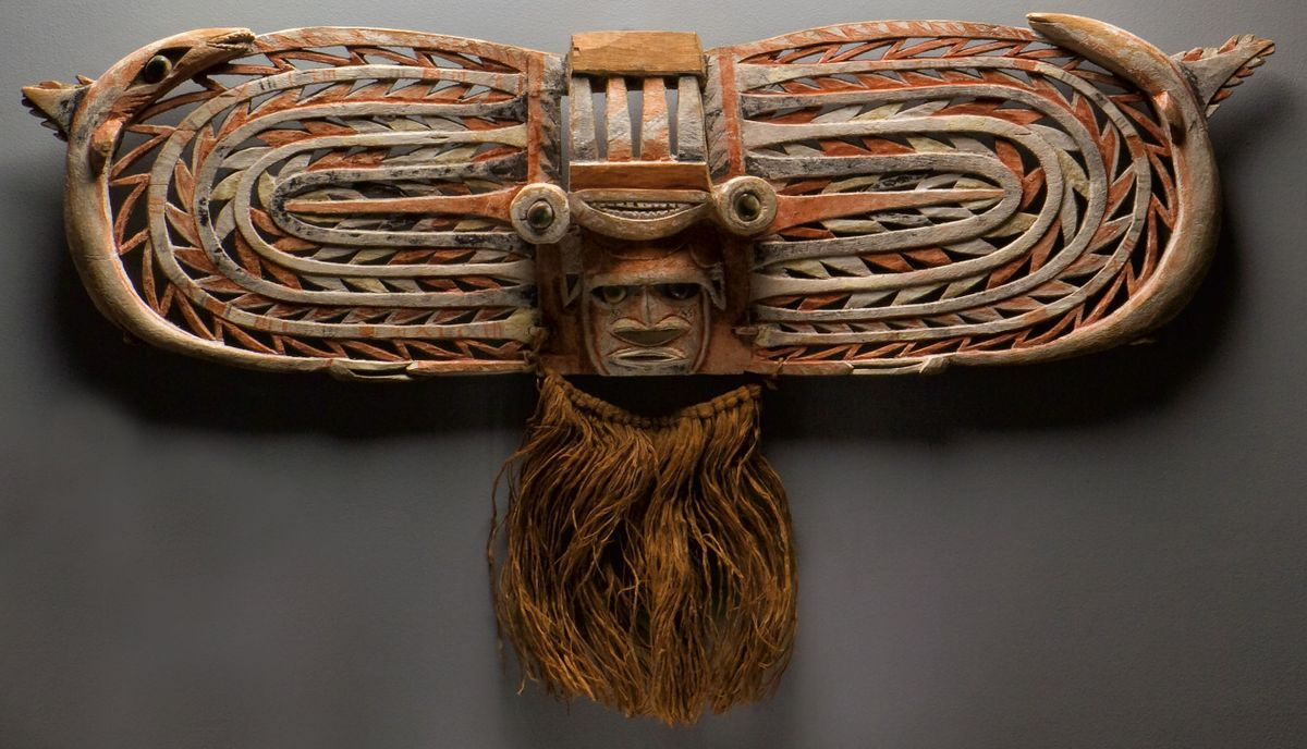 Malagan display mask