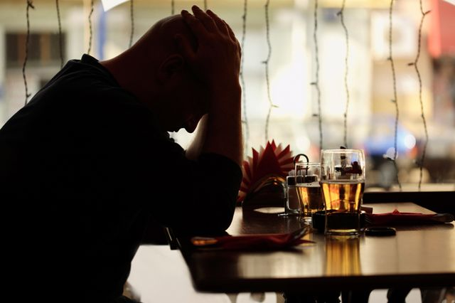 Alcohol suicide link
