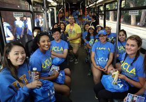 Volunteer Day 2016 Bus