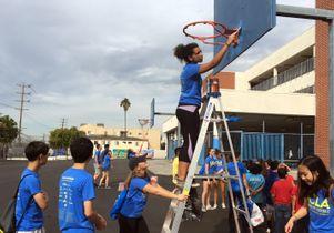 Volunteer Day 2016 Hoop