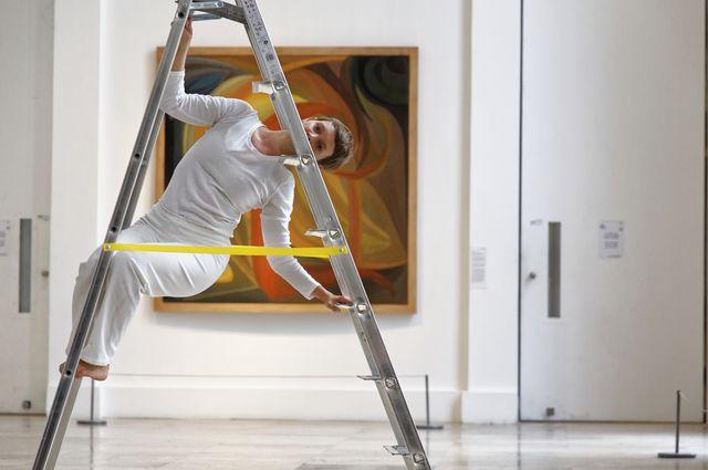 Trisha Brown Dance Company ladder dancer