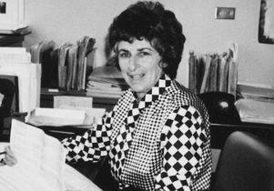 Elizabeth Stern