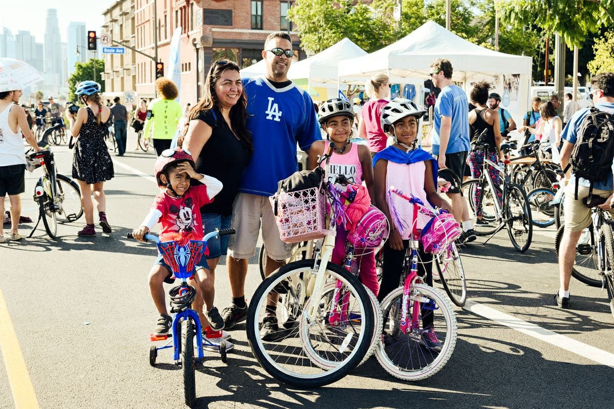 Family at Heart of LA 2016 CicLAvia ride