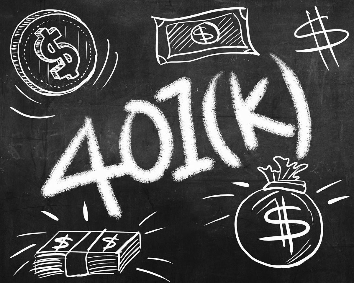 401(k) images on a chalkboard