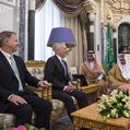 Secretary of Defense Jim Mattis meets with Saudi Arabia's King Salman Bin Abdulaziz Al-Saud in Riyadh, Saudi Arabia, April 19, 2017.