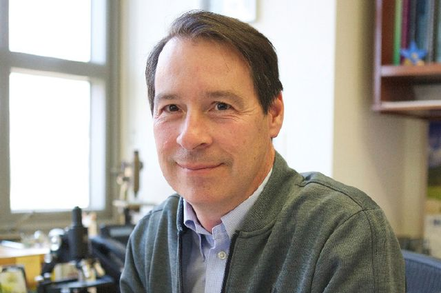 Dr. Peter Tontonoz