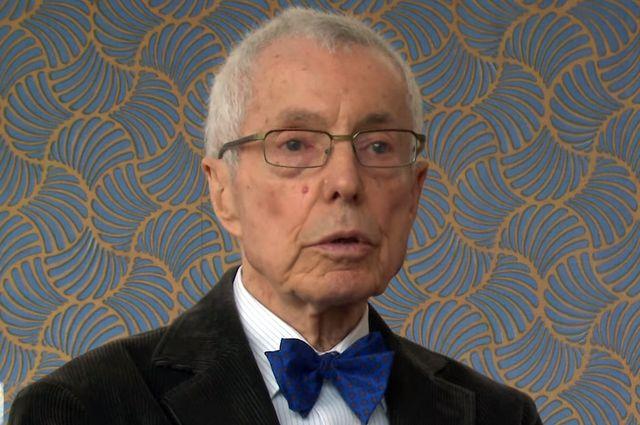 Bernard Kester