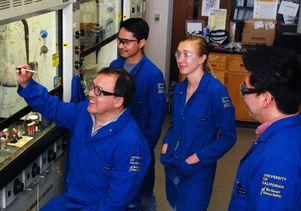 Miguel Garcia-Garibay laboratory