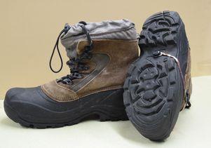 Sensor on work boots