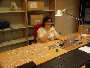 UNM graduate student Lisa Fontes working in Spain