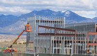 UNM-Taos construction