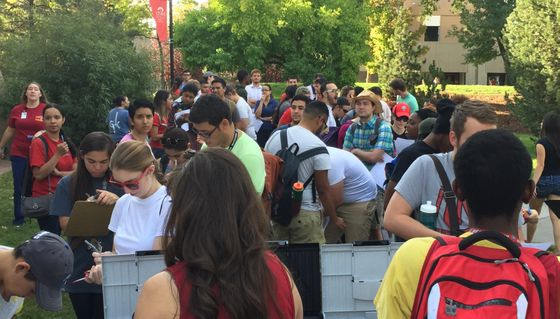 Students volunteer for Fall Frenzy