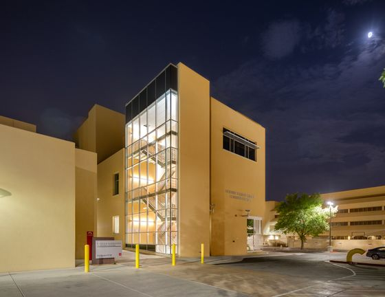 UNM's Science and Mathematics Learning Center