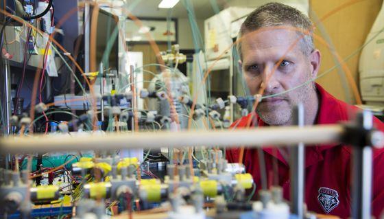 Dr. Jeremy Edwards