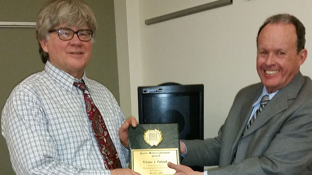UNM scientist Victor Polyak receives Karst Water Institute Outstanding Scientist Award