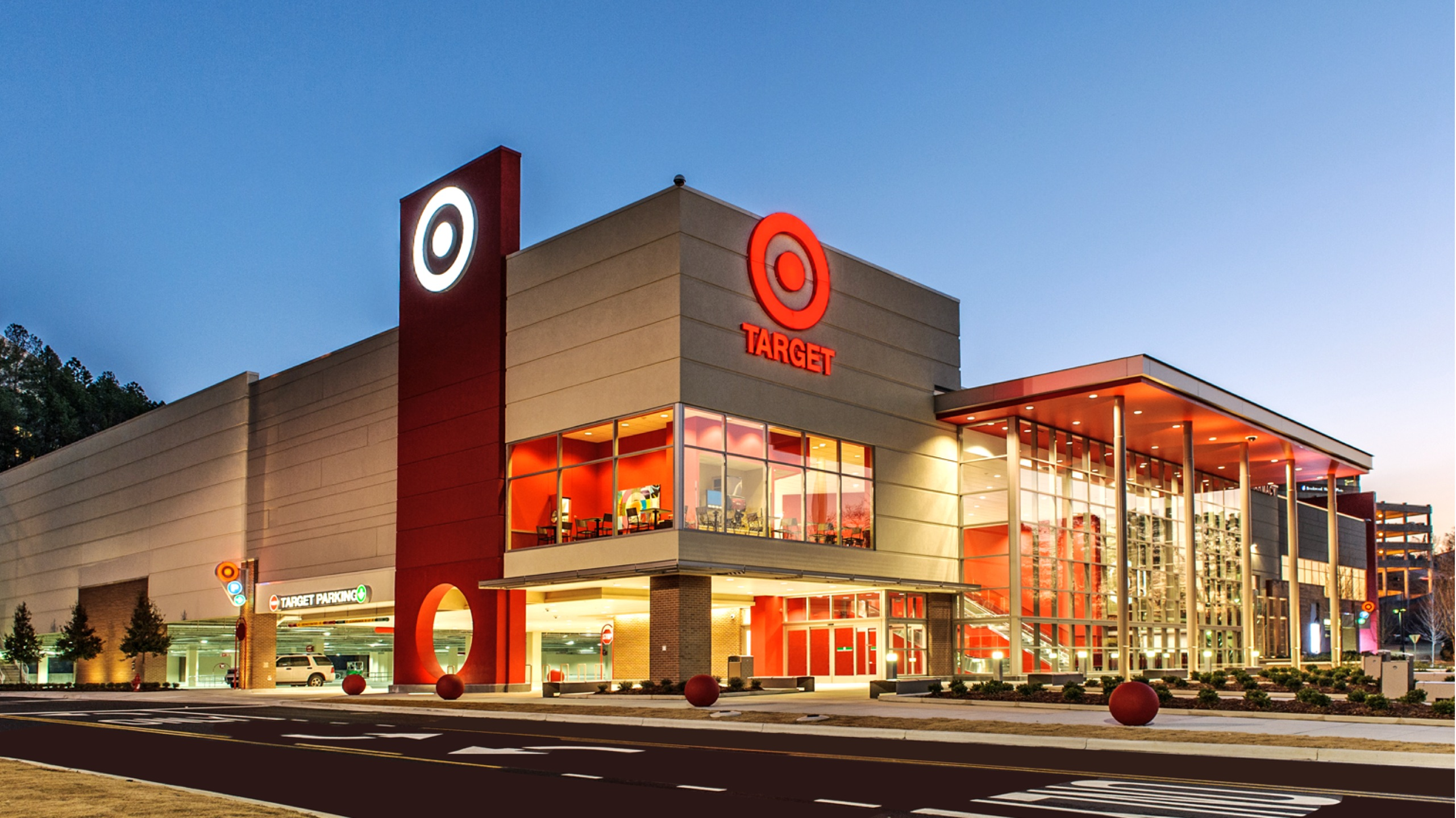 Target unveils holiday 2013 initiatives target corporate for Store building design