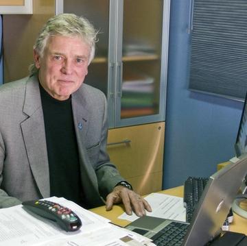 Dr. Dale Alverson