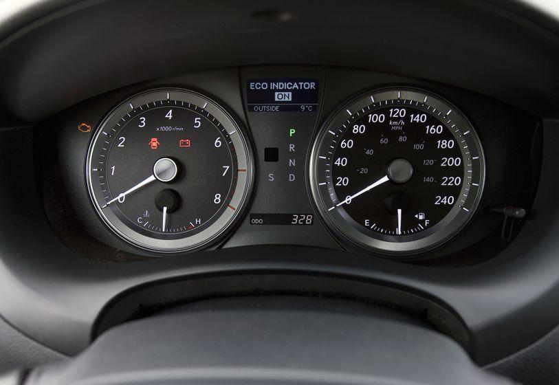 2011 Lexus ES350 24