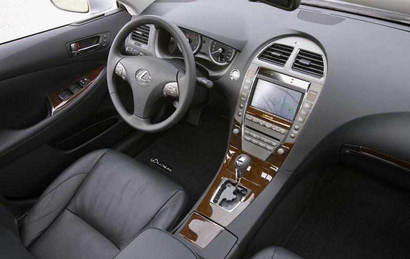 2011 Lexus ES350 22