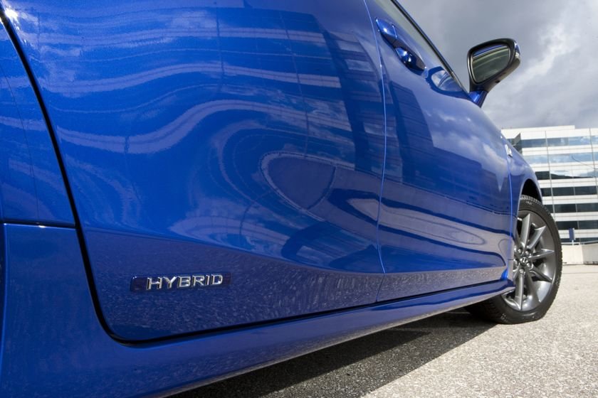 2012 Lexus CT 200h F-Sport 32