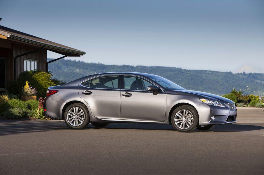 2013 Lexus ES 350 24