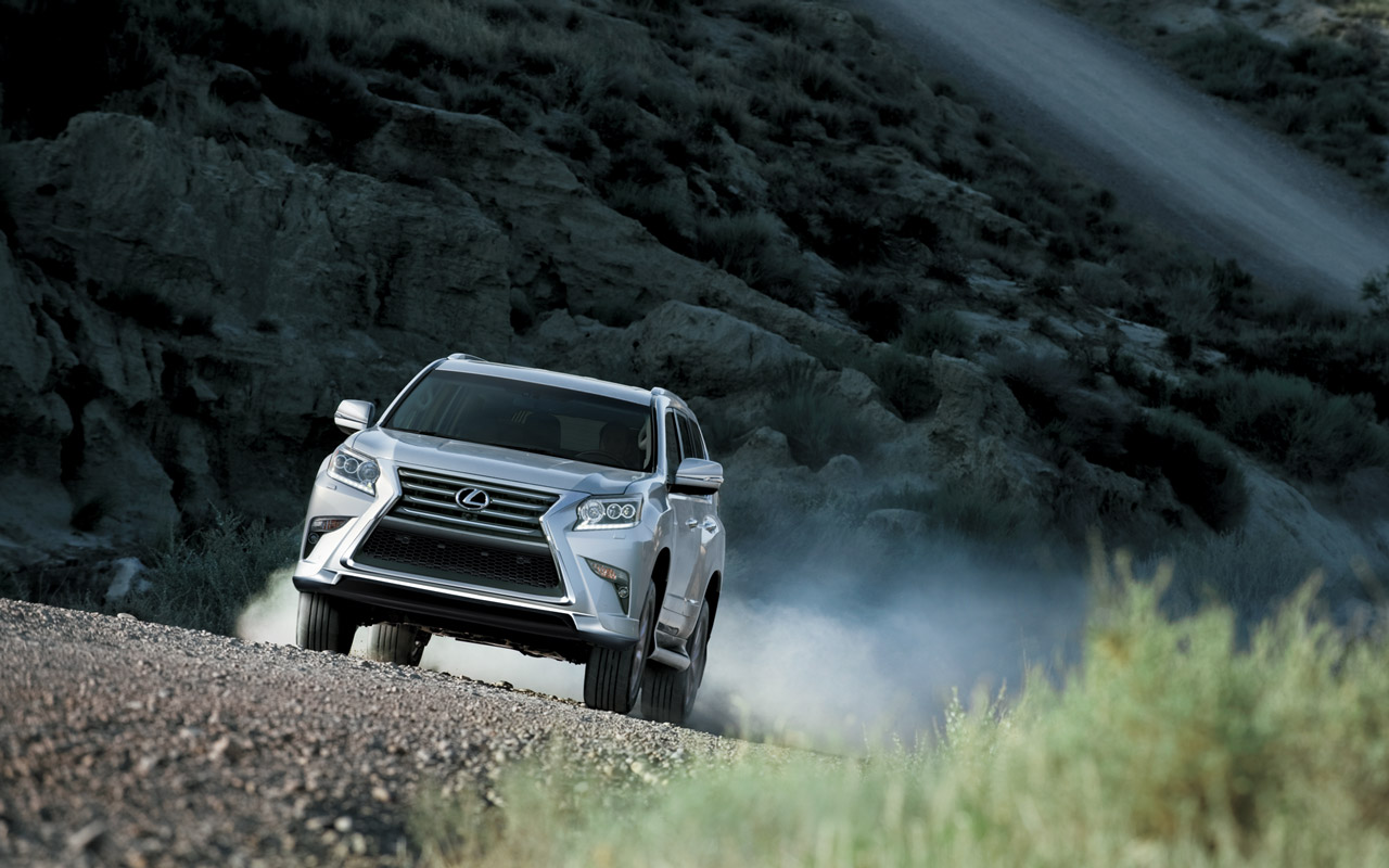 Freedom and luxury in one remarkable SUV: The 2017 Lexus GX 460