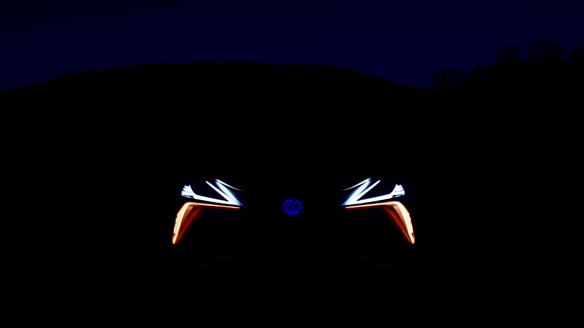Chaque fois qu'un phare clignote, une Lexus reçoit des ailes