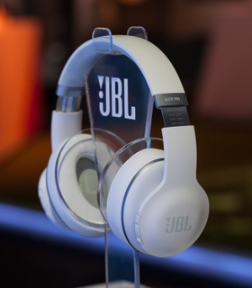 JBL Everest™ ELITE 700 OTA & Award-Winning SDK Features Deliver Meaningful Upgrades Throughout the Lifecycle of the Product
