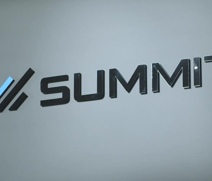 Summit Car Audio B-roll