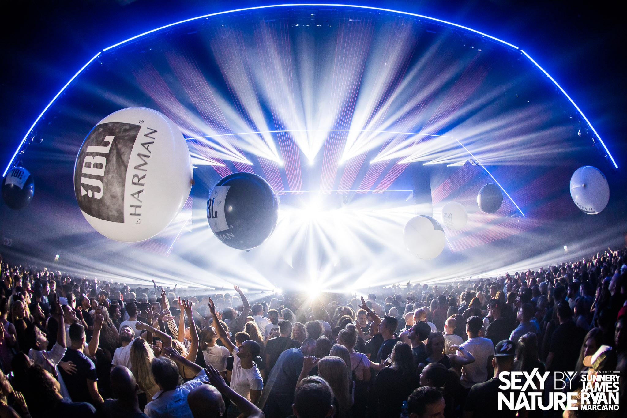 Populair HARMAN and JBL Take Centre Stage at Amsterdam Dance Event | HARMAN FH-07