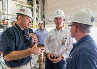 Mario Diaz-Balart Tours Newport News Shipbuilding
