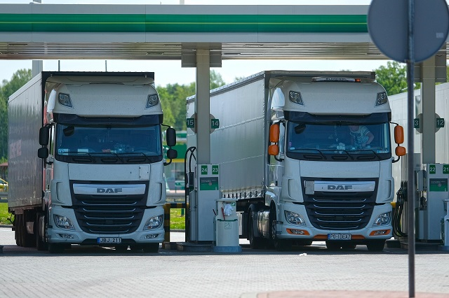 How_Telematics_Can_Reduce_Fuel_Costs_for_Truck_Fleets_2