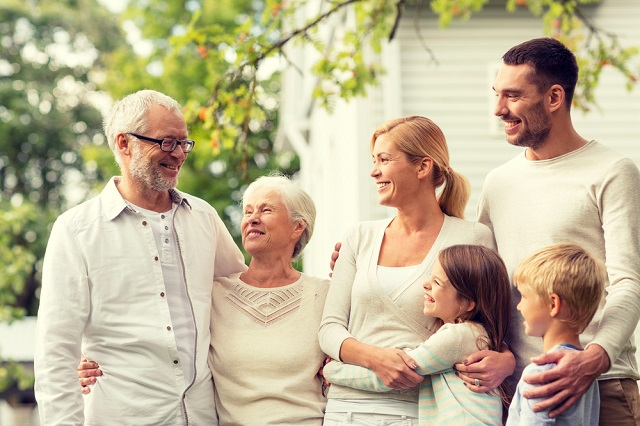 4_Ways_to_Pass_Along_Inter-Generational_Financial_Wisdom