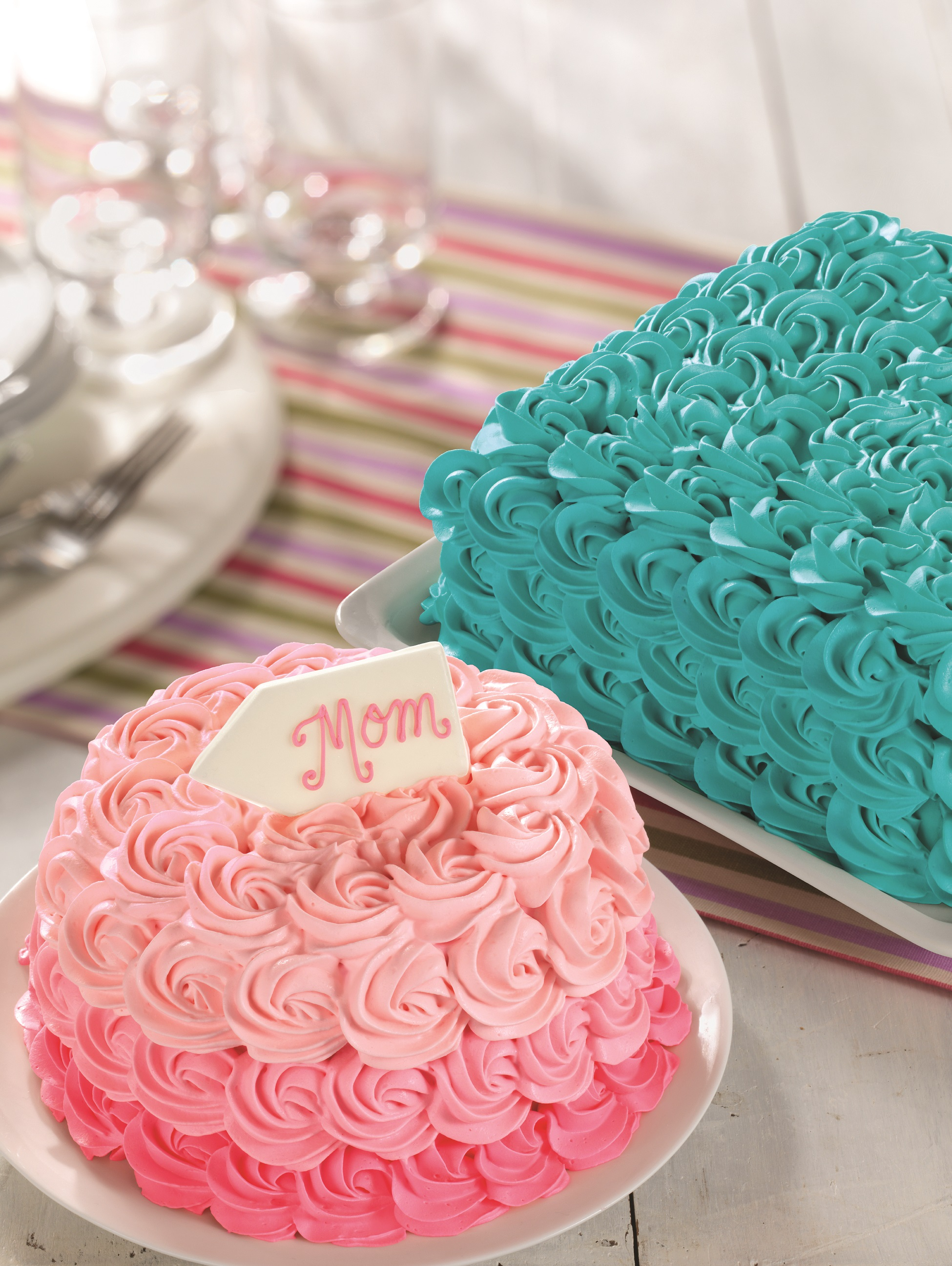 Baskin Robbins Design Your Own Cake : BASKIN-ROBBINS IS CELEBRATING MOMS NATIONWIDE WITH MAY ...