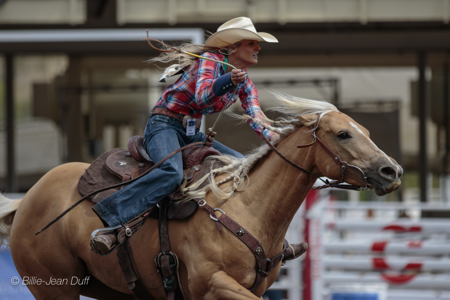 Rodeo Competitors Brave The Rain As Pool B Kicks Off At