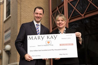 Mary Kay Commits to Six Years Powering loveisrespect, the Only Text-for-Help Platform for Dating Abuse Prevention and Education