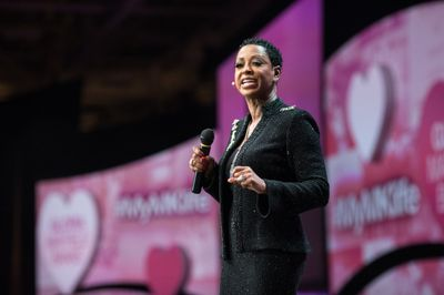Mary Kay Independent Elite Executive National Sales Director Gloria Mayfield Banks