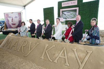 Mary Kay R3 Groundbreaking