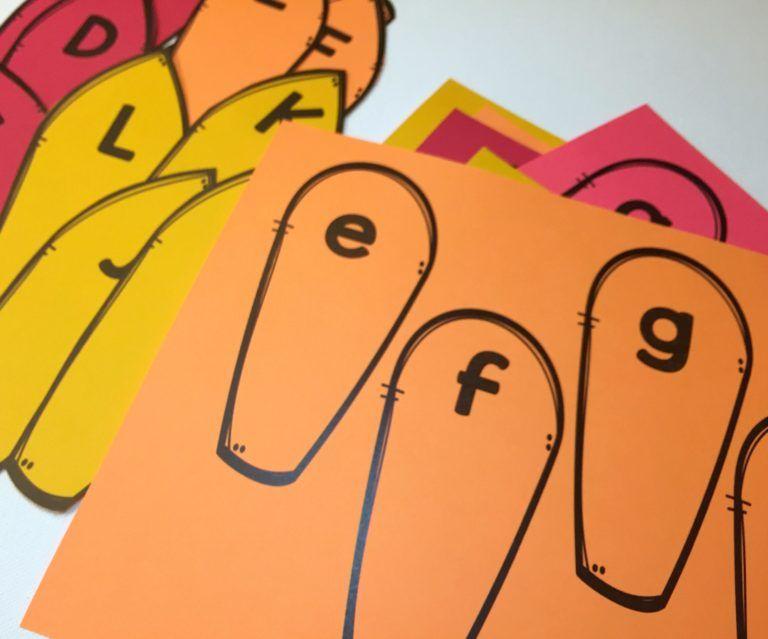 A Differentiated Kindergarten - Thanksgiving Sight Word Activity - 03