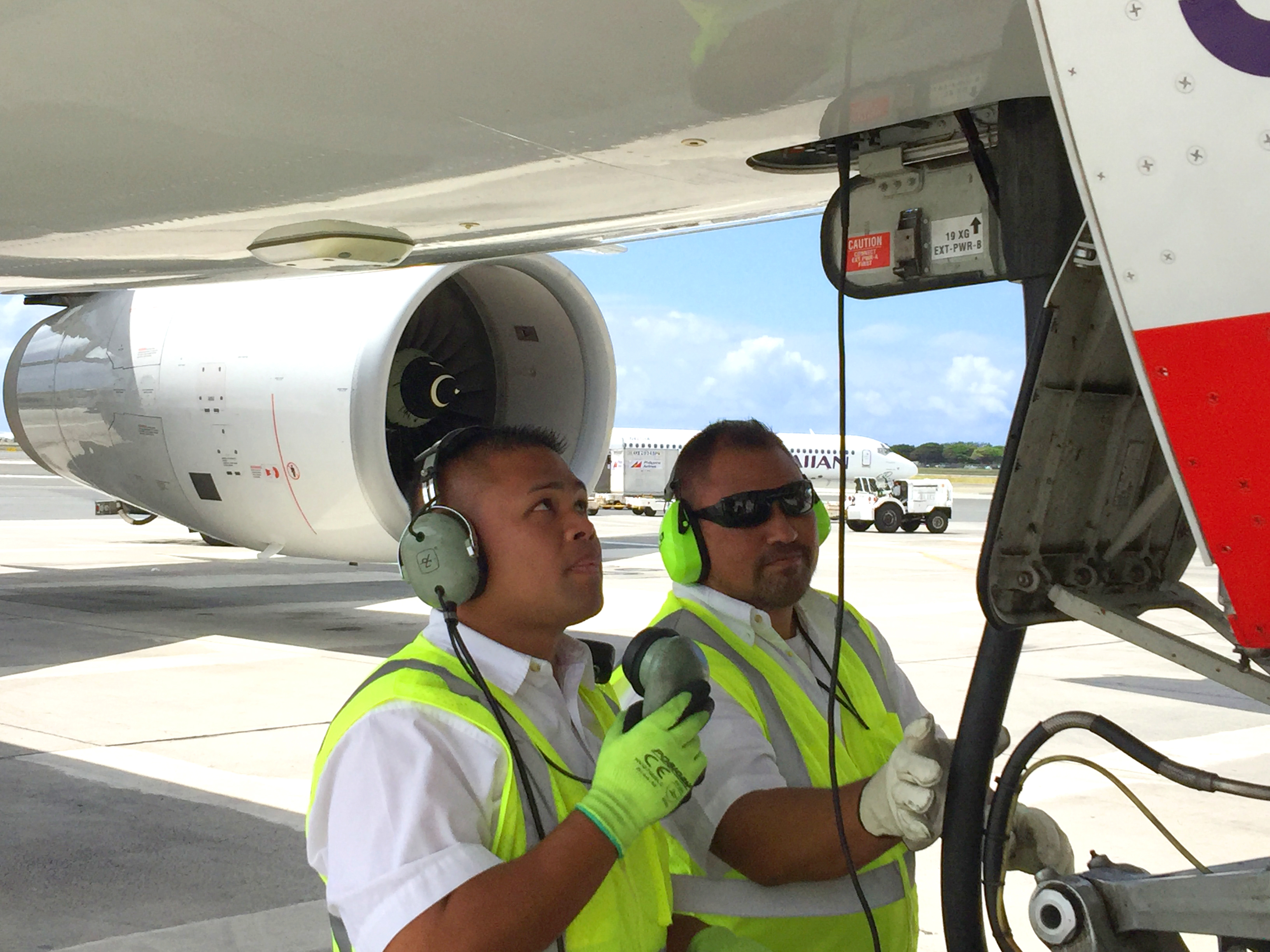 Hawaiian Airlines Airport Operations Lowering Fuel Use Carbon Emissions Hawaiian Airlines Newsroom