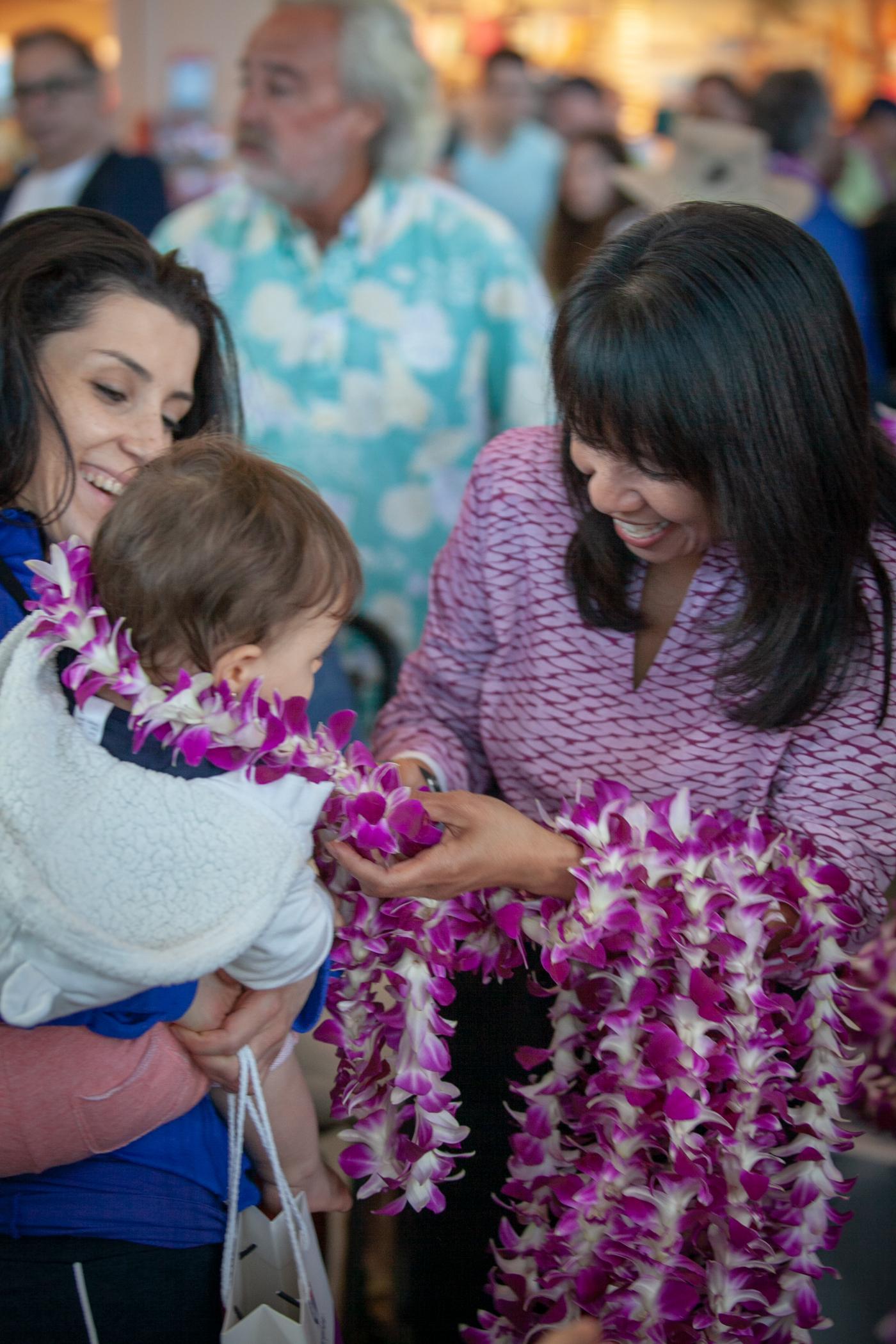 Αποτέλεσμα εικόνας για Hawaiian Airlines celebrates New Long Beach Service