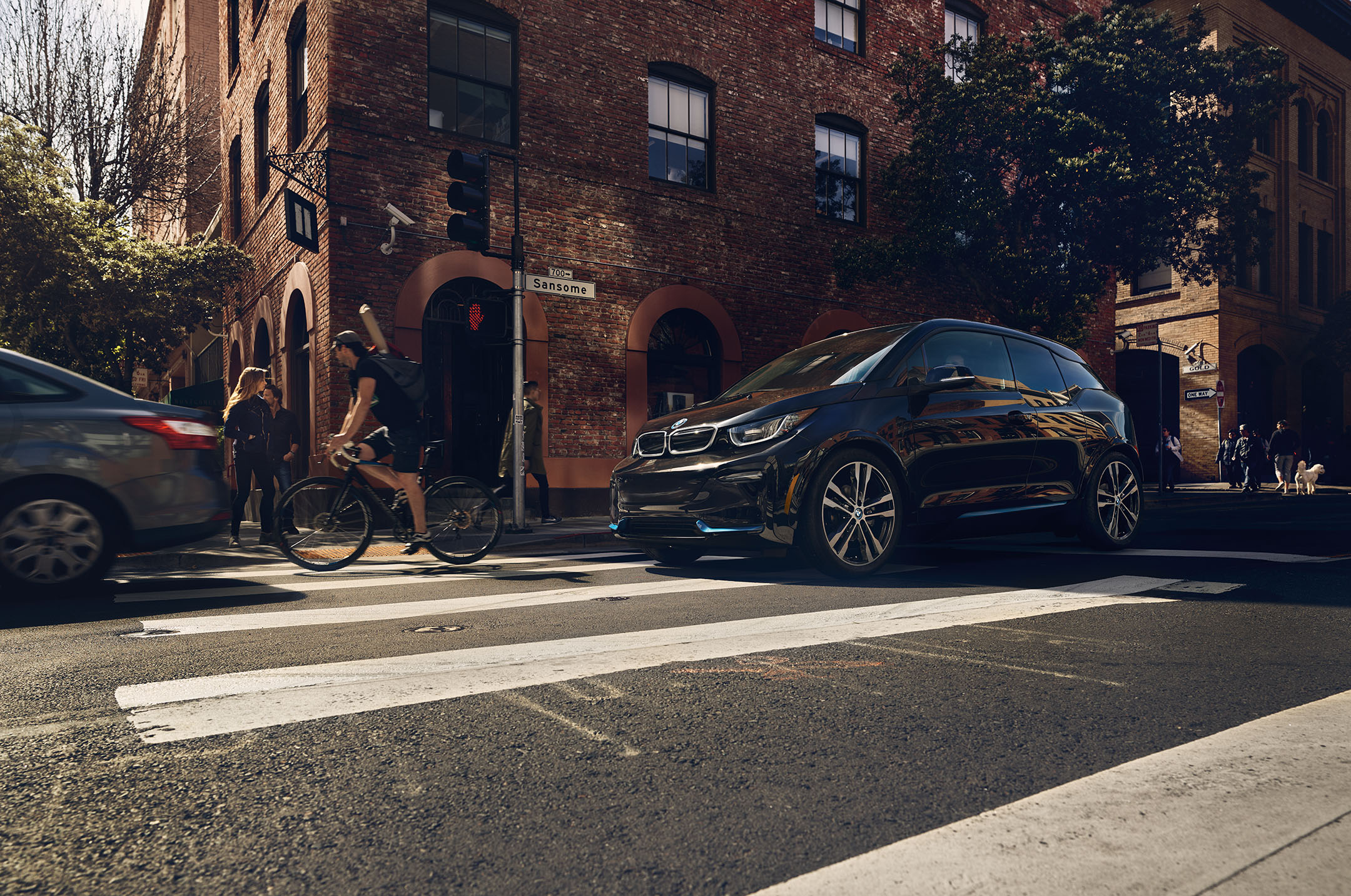 Residential Customers Can Now Get 10 000 Off A Bmw I3 Energized