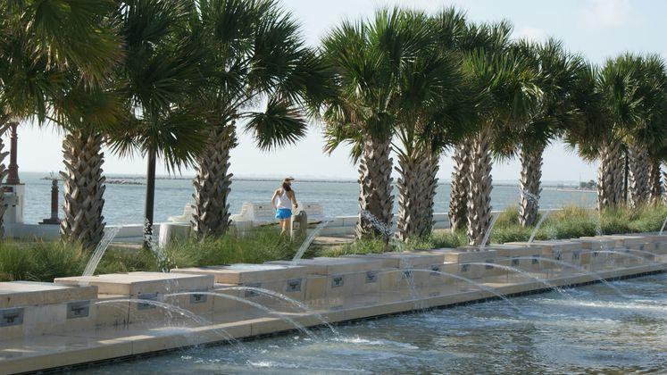 Shoreline Fountain