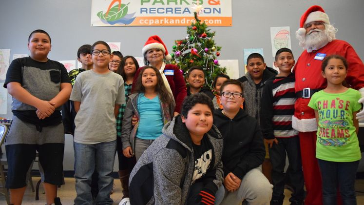 Mr and Mrs Claus at Oak Park Recreation Center