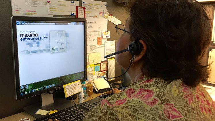 Customer Service Representative Rosie Ramirez