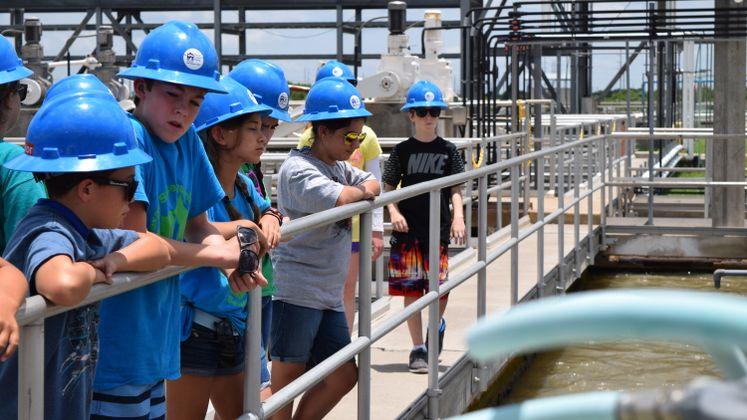 Kids take a tour at ONSWTP