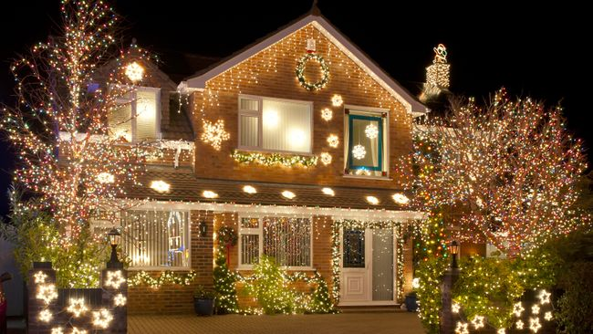 May your days be merry and bright...and may all your energy bills be light